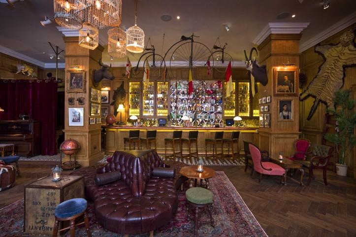 Fogg's Bar sofa